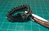 Survival Kit in A Paracord armband