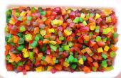Tutti-Frutti: Kleurrijke gekonfijt Fruit kubussen van ruwe Papaya