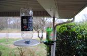 Vogelhuis/waterbak uit gerecycleerde drank fles.