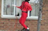 Geanimeerde Halloween weergeven met behulp van een elektrische motor en een fiets