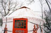 Een meisje van Peking bouwen een yurt in Peking als Her Home