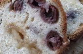 Morello cherry en marsepein bundt cake