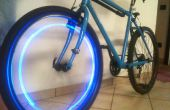 Blauwe LED fiets wiel