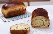 Gemakkelijk kaneel rozijnenbrood (geen Mixer)