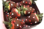 DIY eetbare chocolade Box gevuld met Chocolade doopte aardbeien
