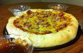 Maïs hond Pizza met dompelen sauzen