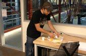 Geïmproviseerde RFID Badge mes voor kaas snijden