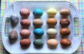 Natuurlijke kleurstof paaseieren
