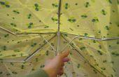 How to turn een kapotte paraplu in de tas van een eco-vriendelijke reusuable