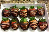 Gezonde donkere chocolade bedekt aardbei