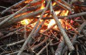 Kampvuren bouwen de juiste manier (zonder vuur voorgerechten of gevaarlijke accelerants)