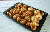 Girelle alla crema pasticcera e uvetta (vla en rozijnen broodjes)