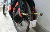 Zet van twee oude rugzakken in's werelds beste DIY rek fietstassen