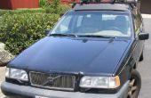Fix een losse koplamp reflector op een Volvo 850