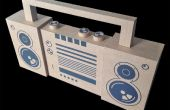 "Kartonnen BoomBox (snelle ""n"" dirty concept 2D naar 3D modellering)"