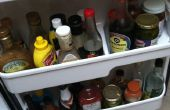 Hoe te repareren van een kapotte koelkast deur plat
