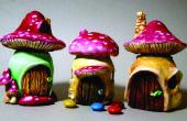 Paddestoel Fairy huizen uit schattige kleine potten