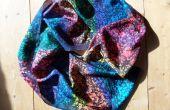 Regenboog Batik zijde sjaal met behulp van een teazle!