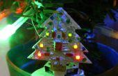 Mini geanimeerde LED kerstboom 32 x 32mm