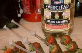 Het nieuwe tijdperk van groenten en alcohol.  Chocolade gedimde aardbeien ingespoten met alcohol.  Ideaal voor feesten, of gewoon leuk om te maken en te verbruiken.