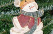 Maken van een gesneden Snowman Christmas Ornament