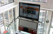 Ergonomische Laptop Stand gemaakt van een kleerhanger