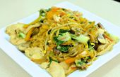 Chow Mein met Velveted kip