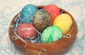 Hoe Dye Pasen eieren met rijst