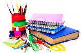 (Deel 1) DIY miniatuur School benodigdheden: Potloden, samenstelling Notebooks, schoolboeken en meer!