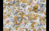 Het HDPE kunststof recyclen (tassen, melk kannen, kroonkurken, ETC)