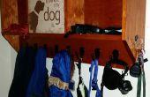 Hond aanmelden Coat Rack