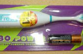 Van een goedkope elektrische tandenborstel met haren van Bot II -