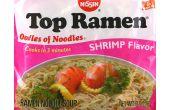 Het maken van een echte Aziatische maaltijd uit een pakje van Ramen noedels...