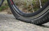 Hoe te repareren van een vlakke berg fiets band met schijfremmen