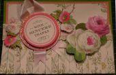 Maak een klassieke Anna Griffin bloemen gevouwen rok kaart