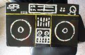 Maken van een kartonnen ghettoblaster met fancy knipperende LEDs