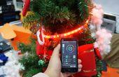 Slimme telefoon kerstboom gecontroleerd met RGB LED-Strip