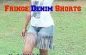 How to Make Fringe Denim Shorts met oude Jeans