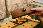 Antieke schouder vliegtuig restauratie