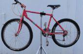 Zelfgemaakte fiets reparatie stand