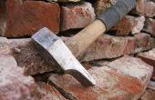 Reiniging van oude bakstenen met 'Gustavs Hammer'