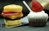 Hamburger en Shake Cupcakes gemaakt op de BBQ Grill!