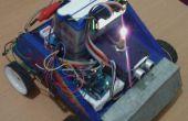 Ultrasone sensor robot auto met gebruikte motorfiets accu met LCD-scherm