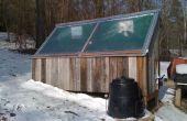 Zonne-oven - met zonnepaneel en herziene voor juiste luchtcirculatie