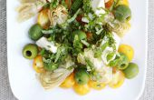 Gouden tomaat, groene olijven, artisjokken en Mozzarella salade