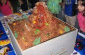Cake van de kindverjaardag uitbarstende vulkaan