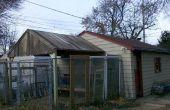 Bouwen van een dak met teruggewonnen ceder Fence panelen