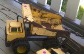 Herstel van Tonka vrachtwagens