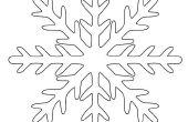 Hoe maak je een perfecte Kirigami papier sneeuwvlok in 6 eenvoudige stappen