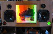 Aanpassen van fiets met DanceSkateLive sound system voor de lokale straatartiest